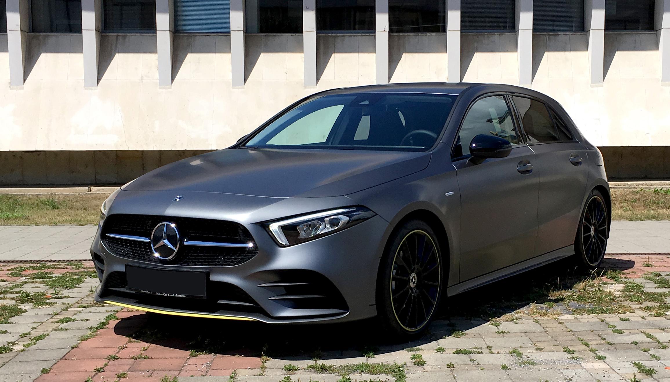 Rent a car Mercedes-Benz A 180d AMG Line 2018 Automat ...