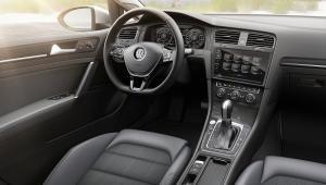 VW Golf na prenájom s RAI Internacional