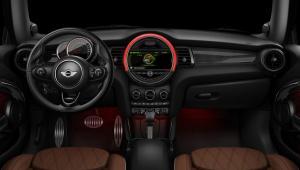 Prenájom auta MINI John Cooper Works Cabrio 2017 zvnútra