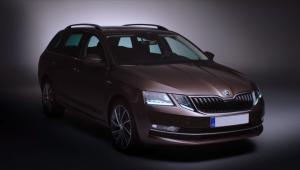 Prenájom auta Škoda Octavia Combi spredu