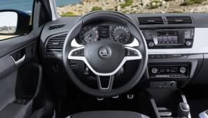 Prenájom auta - Škoda Fabia z vnútra