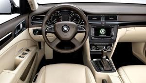 Prenájom auta - Škoda Octavia z vnútra